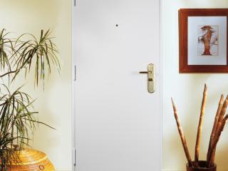 Porte blindée Fichet pour appartement Protecdoor blanche
