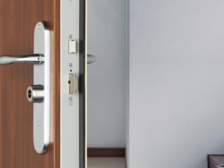 Porte blindée Fichet modèle Foxeo S - Ets Gilly à Marseille