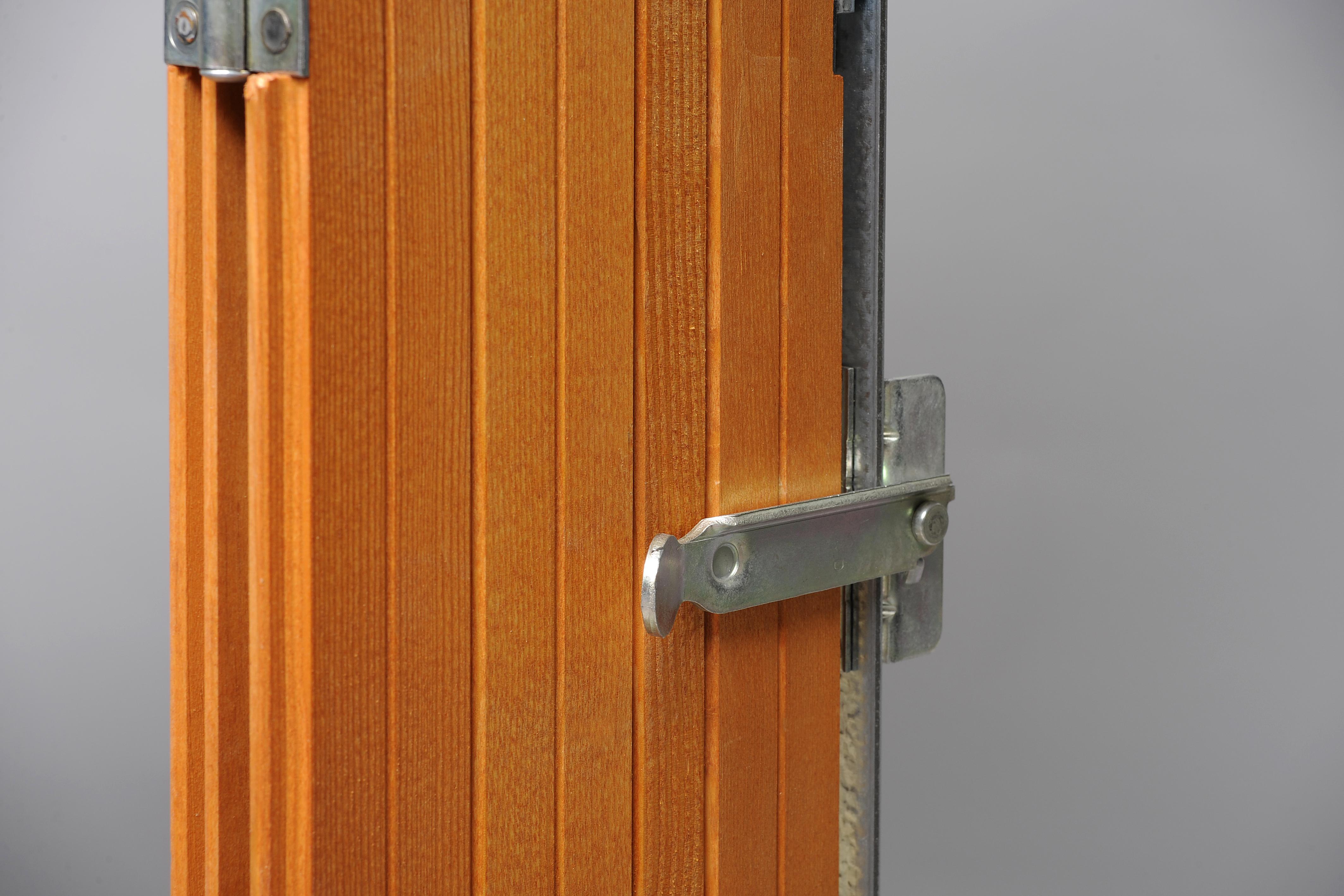Vente Volets Persiennes en bois, PVC ou aluminium Marseille (13) Cassis